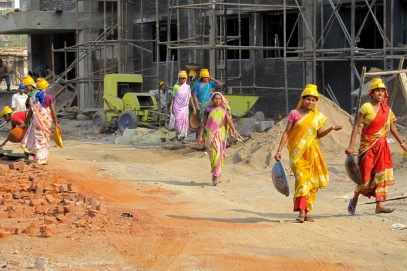 women-construction2