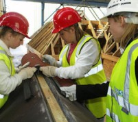 women-in-construction-300x266